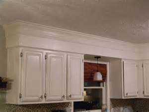 kitchen bulkhead ideas 80 39 s bulkheads in your kitchen not anymore your cabinets look like custom to the