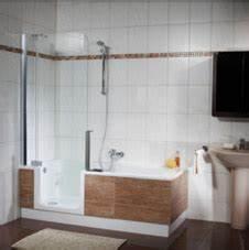 Badewanne Dusche Kombination Preis : badewanne und dusche in einem twinline badewanne von artweger ~ Bigdaddyawards.com Haus und Dekorationen