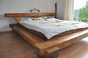 Lit unique en poutres vieux bois lit en bois de grange for Chambre design avec sommier futon 180x200