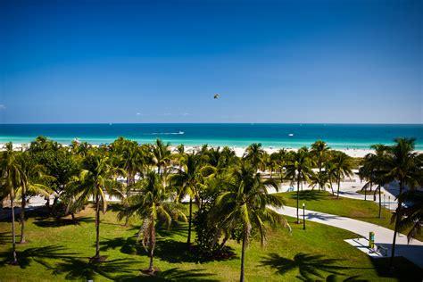 One Bedroom Ocean Front   The Bentley Hotel South Beach