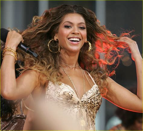 Beyonce Green Light by Beyonce Gives The Green Light Photo 2211 Beyonce