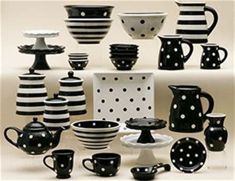 Kitchen Accessories Black And White by 707 Best Images About Plates I On