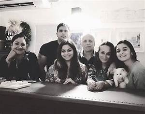 Alia Bhatt and Pooja Bhatt came together for Mother's Day ...
