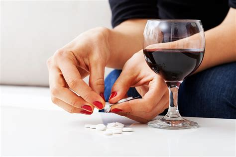 data supports   muscle relaxant  treat alcoholism