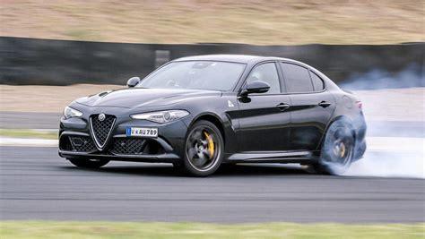 Alfa Romeo Giulia Qv by Alfa Romeo Giulia Qv 2017 Review Carsguide