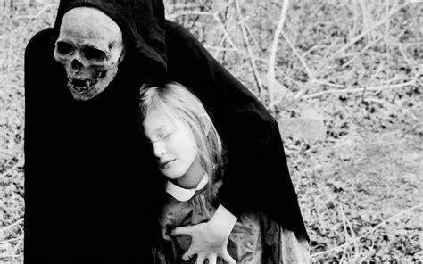 Dark death gothic grim reaper mask skull costume evil mood