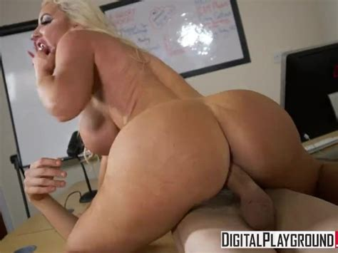 The New Girl Episode 3 Nicolette Shea And Danny D Videos