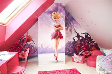 chambre fille princesse disney féérique décoration graffiti deco