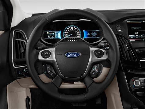 image  ford focus electric dr hb steering wheel