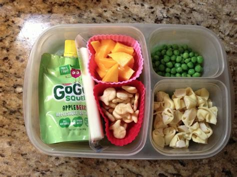 they out their own clothes and pack their own lunches 882 | Preschool lunch ideas