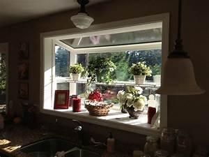 Kitchen garden window garden windows pinterest for Garden windows for kitchen
