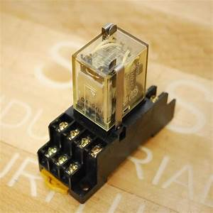 Omron Pyf14a 14 Pin Din Mount Relay Base  With My4z