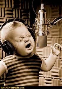 Rock Star Baby : funny pictures weirdnutdaily rock star baby ~ Whattoseeinmadrid.com Haus und Dekorationen