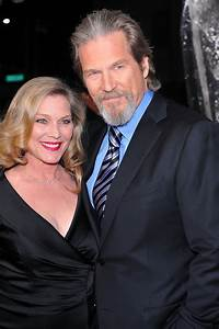 Jeff Bridges and Susan Bridges Photos Photos - Premiere Of ...
