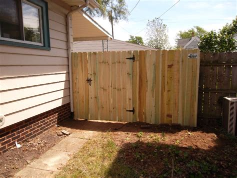 residential wood fencing gallery mikes fencing