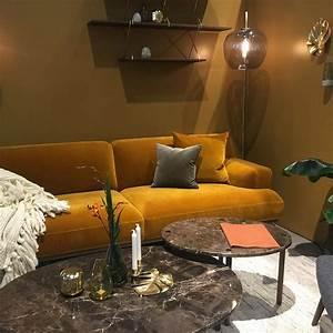 Décoration Salon Jaune Moutarde : canap jaune curry moutarde avec luminaire en verre souffl chez bolia maison objet 2017 ~ Melissatoandfro.com Idées de Décoration