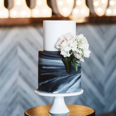 ready    major wedding trend marble cakes