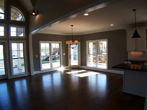 bedroom open floor plan  wraparound porch  basement