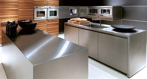 piano lavoro cucina acciaio inox questioni  arredamento