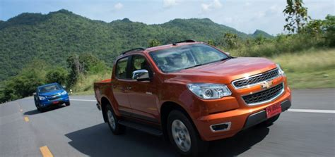 vauxhall colorado should opel vauxhall launch a midsize truck for europe
