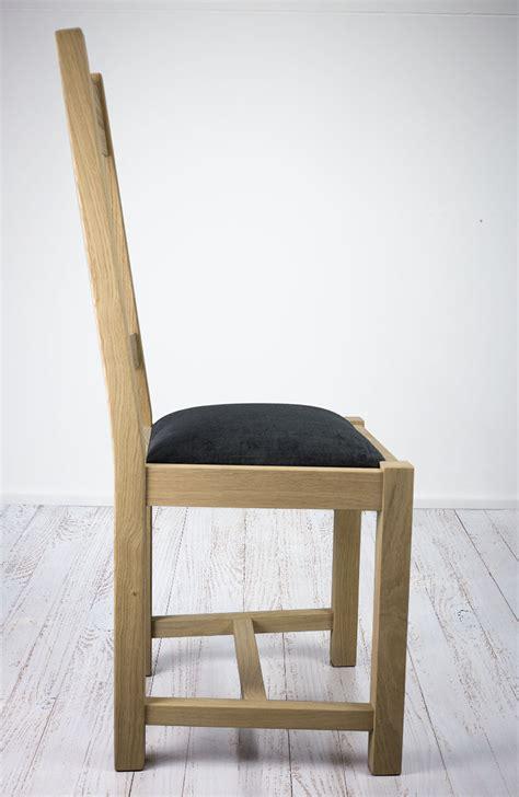 chaise en chêne massif chaise olivier en chêne massif de style cagne assise