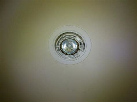 Trouble Changing Out Light Bulb From Recessed Light