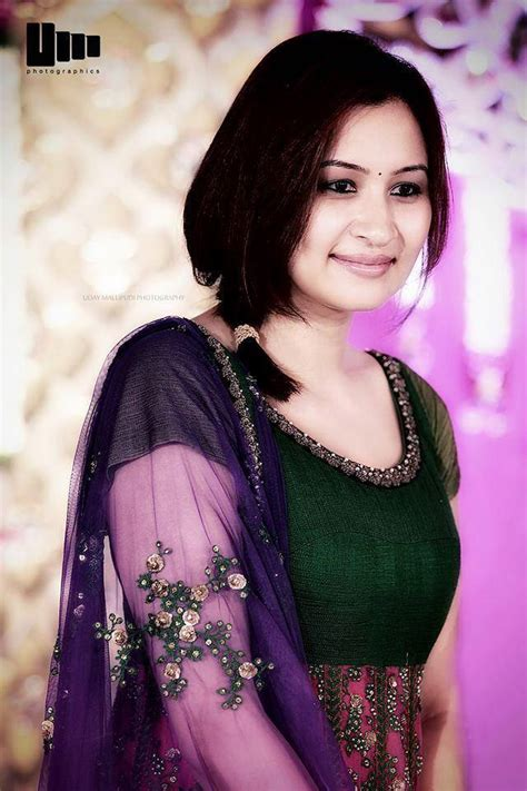 Jwala Gutta Contact Address, Phone Number, Email, Website | Customer Care Phone Number
