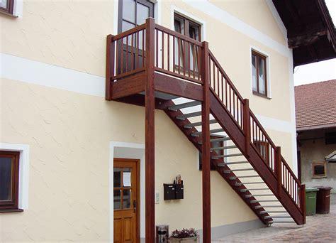 außentreppe podest bausatz treppe mit wpc verkleiden wpc bilder referenzen terrassendielen wpc terrasse bilder wpc