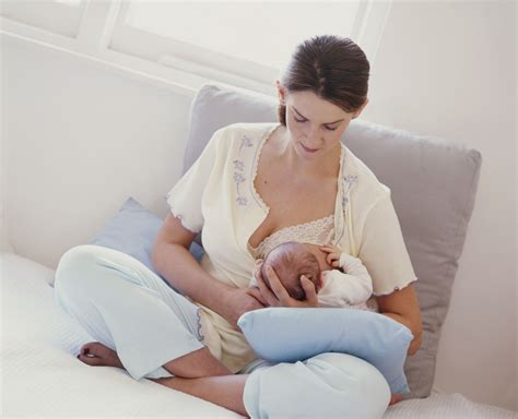 11 Tips For Breastfeeding With A Blister On Your Breast
