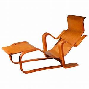 Wassily Kandinsky Chair : art artists marcel breuer ~ Markanthonyermac.com Haus und Dekorationen