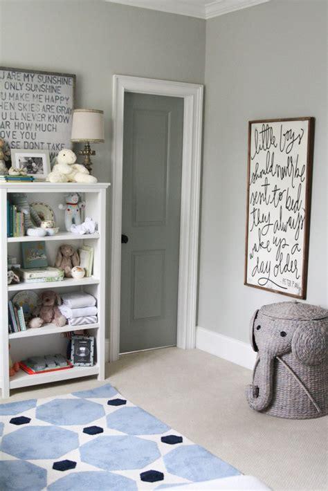 chambre reposante deco chambre bebe garcon gris