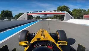 Circuit Paul Ricard F1 : un youtubeur pilote une renault f1 sur le circuit paul ricard ~ Medecine-chirurgie-esthetiques.com Avis de Voitures