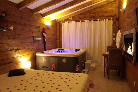 chambre spa belgique la paillote exotique chambre megeve avec sa baignoir balnéo