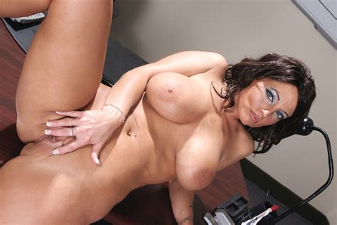 Sunshine Seiber And Danny Mountain In Seduced By A Cougar