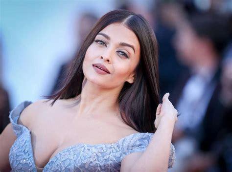 Top 10 Most Beautiful Women In India 2017  Hot Actress