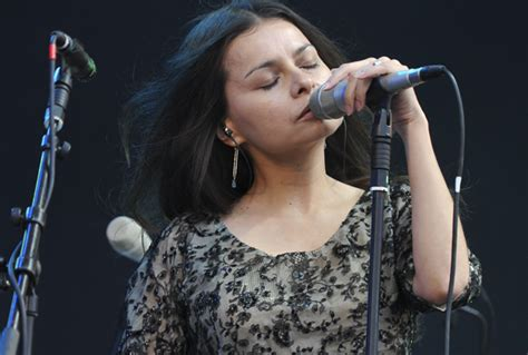 mazzy star announce  album   years release