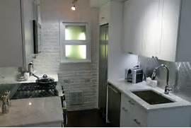 Kitchen Bathroom Design by Small Kitchen Design Uk