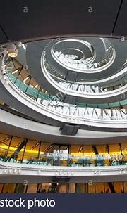 London City Hall by Norman Foster spiral ceiling interior ...