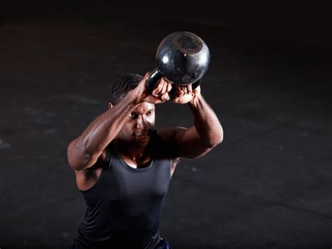 kettlebell workout fitness swing muscle routines ami kali9 getty muscleandfitness