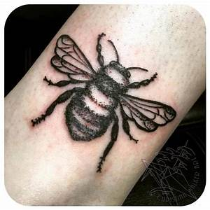 Simple Black Bee by Christina Walker : Tattoos