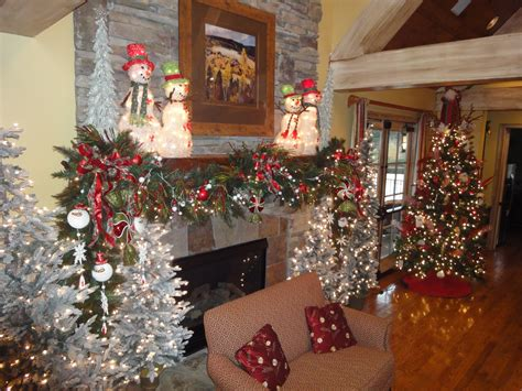 On The 4th Day Of Christmas…time To Decorate The Mantle