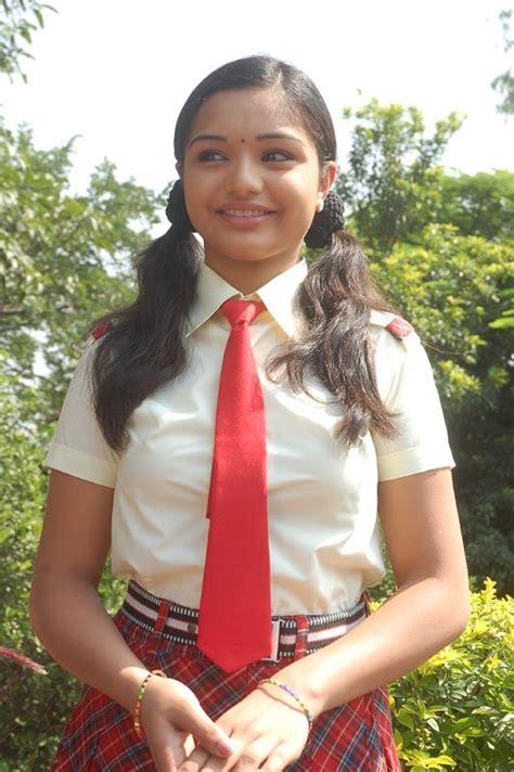 Mallu Actress Yaamini As A School Girl Photo Album Mallu