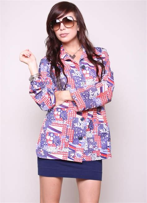 vintage blouse  mod indie red white  blue shirt