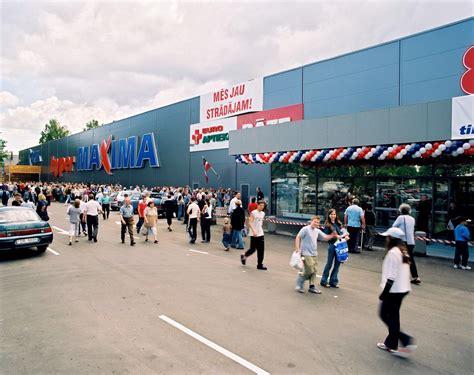 Imantas lielveikala Maxima atklāšana, 2003. gads. : latvia