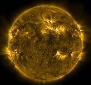 wordlessTech | Largest Solar storm recorded in eight years ...