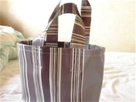 comment faire un sac en toile ciree sac 224 mains en toile cir 233 e par creloane