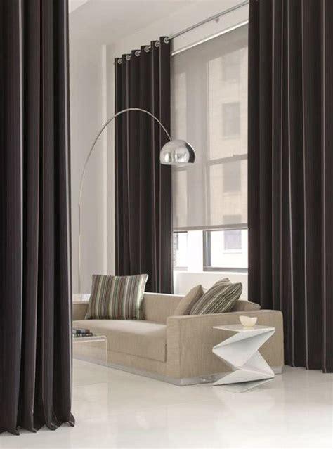 41 cortinas para salas de estar com diferentes cores