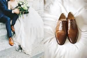 chaussure de mariage homme costume bleu chaussure camel