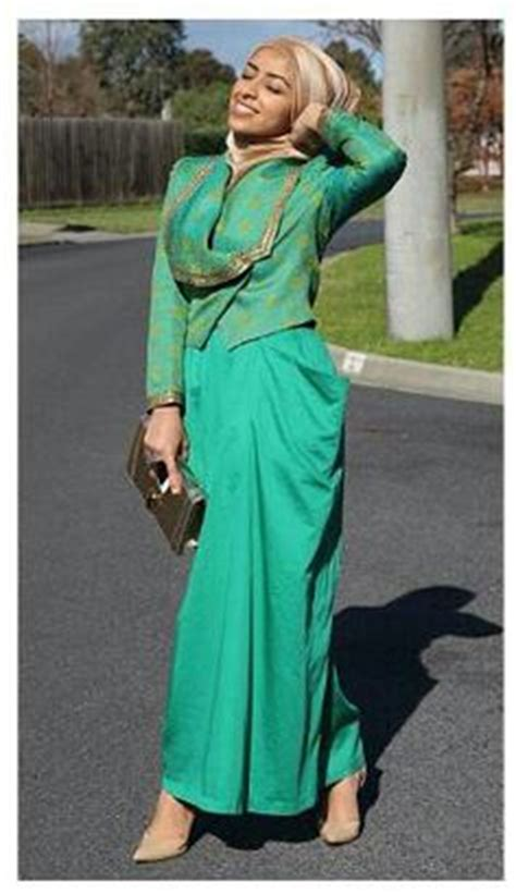 green tosca tosca green on hijabs tejidos and galliano