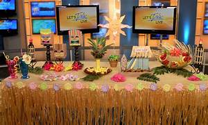 Create a Summer Luau Party on a Budget